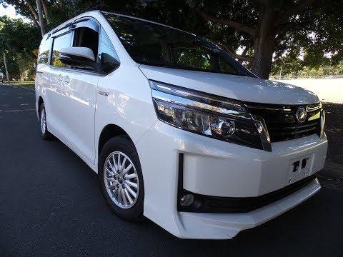 2014-toyota-voxy-hybrid-7-seater-@-www.sunrisecars.com.au