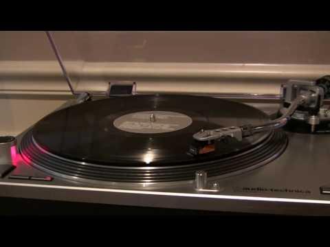 Aphex Twin - To Cure A Weakling Child (Contour Regard) (Vinyl) mp3
