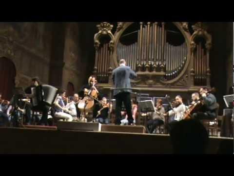 Medit Play per violoncello, fisarmonica ed archi del M° Claudio Casadei-