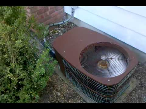 Old Carrier Air Conditioner Youtube