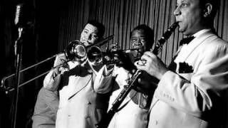 Watch Jack Teagarden Meet Me Where They Play The Blues video