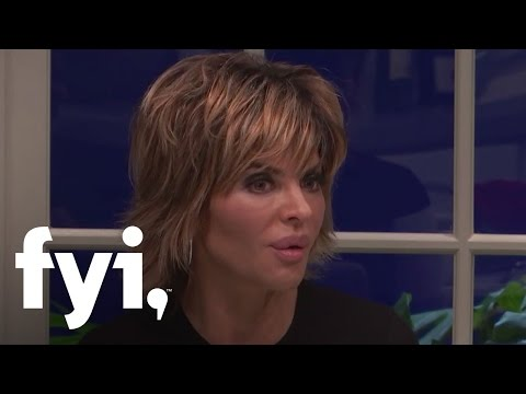Lisa Rinna vs. Brandi Glanville | Kocktails with Khloe | FYI thumbnail