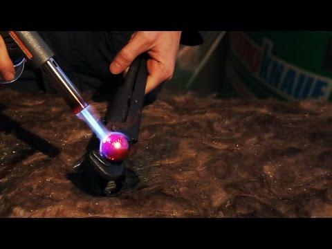 Шарик (миллиард градусов) против миллиона слоёв минеральной ваты.