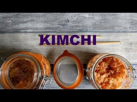 faire-du-kimchi,-le-chou-fermenté-et-épicé-de-corée