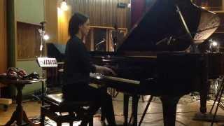 LFDV playing Piano / Youssoupha - La vie est belle