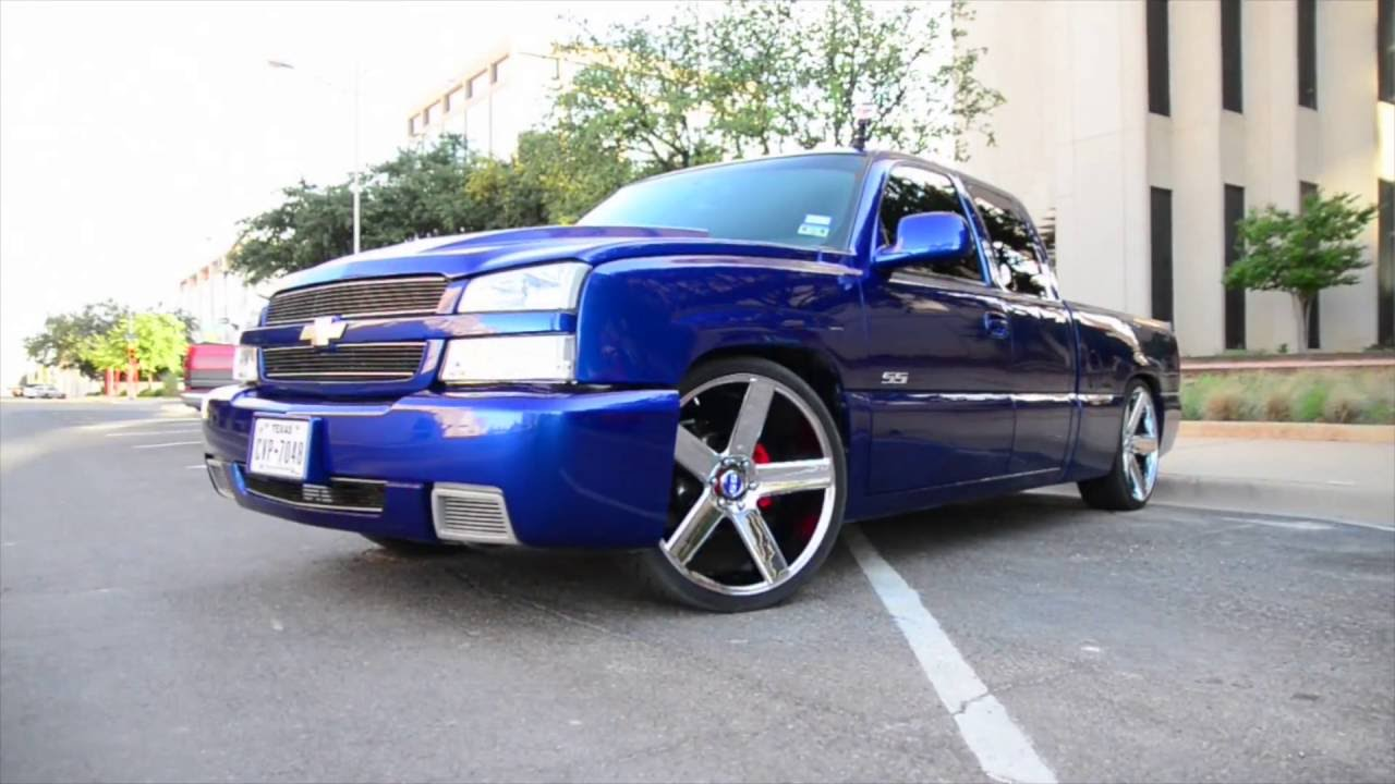 silverado ss with a custom paint job and nitrous does a awd burnout