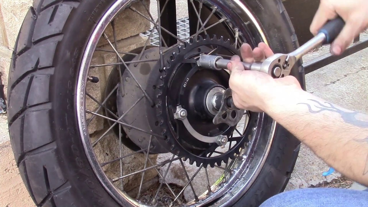 motorcycle chain and sprockets replacement without special tool youtube. Black Bedroom Furniture Sets. Home Design Ideas
