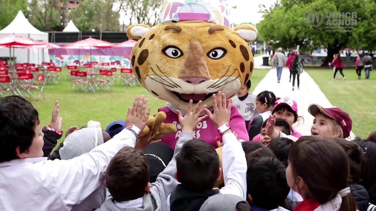 ACNUR en #BuenosAires2018: talleres artísticos de Seba Cener con escuelas