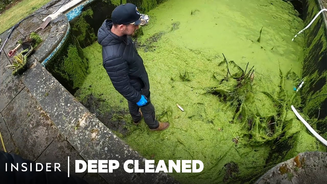 How The Bottoms Of Pools Are Professionally Deep Cleaned | Deep Cleaned