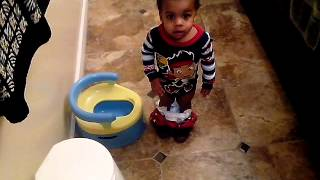 My son 1st potty moment