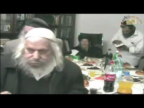 מפגש נדיר ומיוחד של צדיקים נסתרים בסעודת משה רבנו. חכם אברהם חי זצוק''ל ועוד ב''ב תש''ס משהו