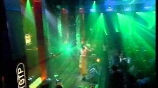 Björk - Isobel on Top Of The Pops