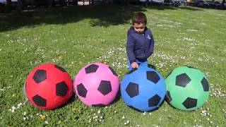 little  boy learns colors with bolloons ,kids boys