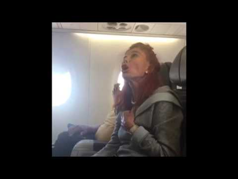 Lady gets unruly on United flight