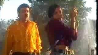 Ahmed Tahir Dari Song