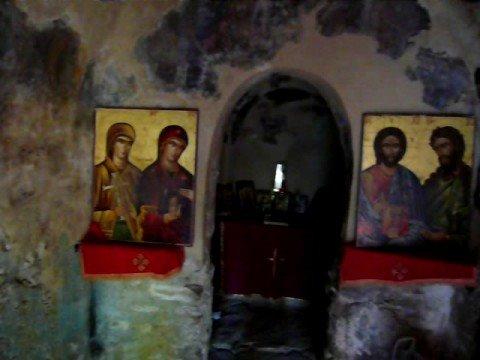 Εκκλησία Αγίας Θεοδώρας. Μια ματιά από μέσα...