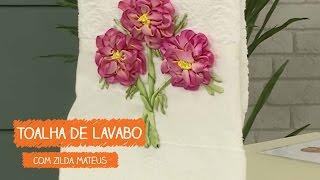 Toalha de Lavabo Flor Lisianto com Zilda Mateus