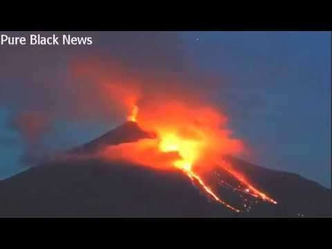 Timelapse of Mexico's Colima volcano erupting