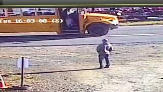 Video Driver goes off road to pass school bus on right, almost hits girl download MP3, 3GP, MP4, WEBM, AVI, FLV Oktober 2018