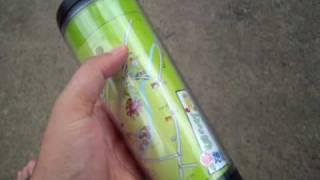 スターバックスで購入したタンブラーの台紙を、新潟県長岡市内・旧三島...