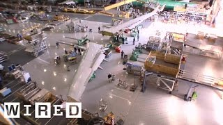 Meet the Giant Robot That Builds Boeing's Airplane Wings | WIRED