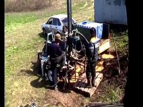 Бурение скважины на воду малогабаритной бензиновой буровой установкой drilling water wells