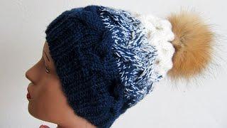 Модная вязанная шапочка узором