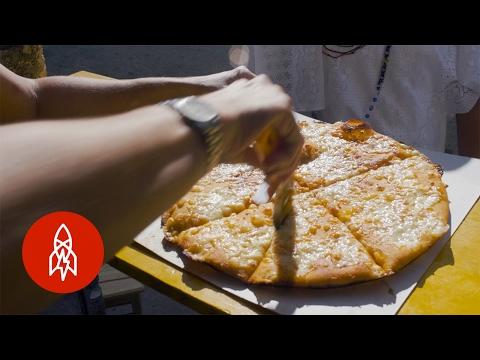 Cuba's Flying Pizzas