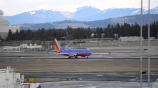 Southwest Airlines Boeing 737-3H4 [N266SW] Takeoff from Spokane