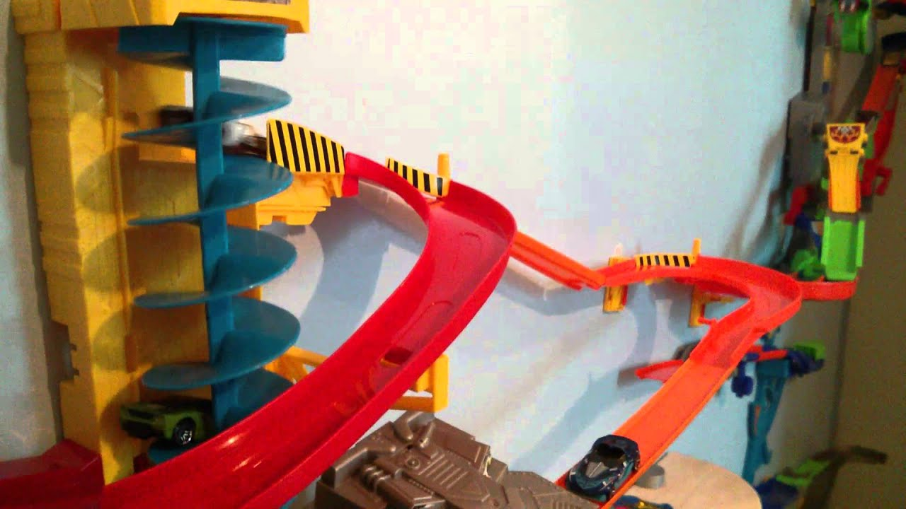 Tips For The Power Tower Hot Wheels Wall Tracks - YouTube