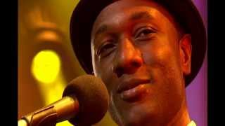 Download lagu Aloe Blacc - Wake Me Up (Legendas Pt/Eng)