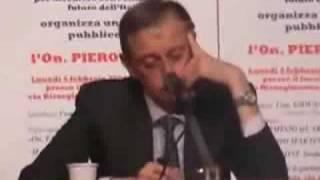 Contestazione a Piero Fassino