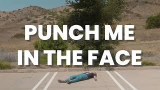 Смотреть клип Iamnotshane - Punch Me In The Face