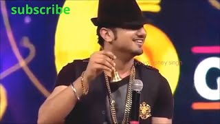 Download Yo Yo Honey singh live performance in Gima award   Bollywood MP3 song and Music Video