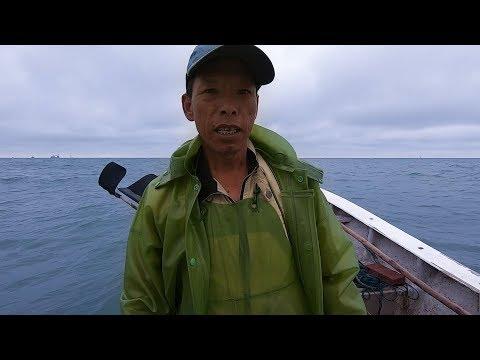 渔民外海船坏了怎么办?阿雄朋友出现事故立马赶去,渔网都不放了