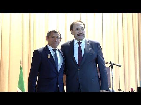 видео: В Тюлячах проводили прежнего главу района Ильдуса Зарипова