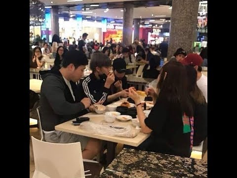 (180116) WannaOne - Enjoyed Eating In Food Court and Went To Supermarket at KL Malaysia