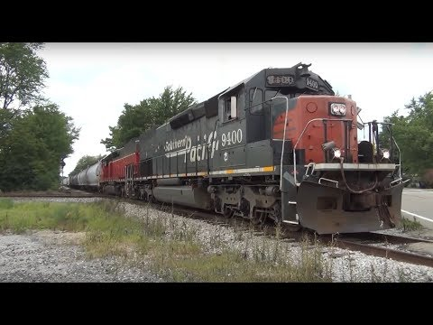 Ex Southern Pacific SD40-2T tunnel motors cross the CSX diamond in Quincy Ohio.