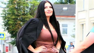 Russian Ladies has a Good Time on Walking Streets