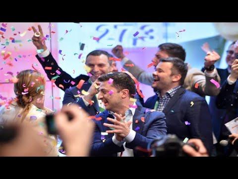 أوكرانيا: الممثل زيلينسكي رئيسا للبلاد وفق استطلاع للرأي وبوروشنكو يقر بهزيمته  - 11:55-2019 / 4 / 22