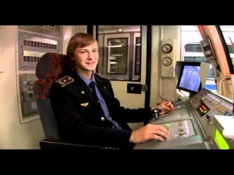 Смотреть Профессии метро: машинист электропоезда онлайн