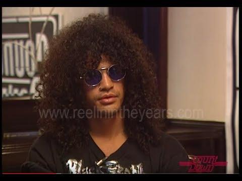 "Guns N' Roses Slash & Axl Defend Using Back Up Singers & ""Bloated"" Claim"
