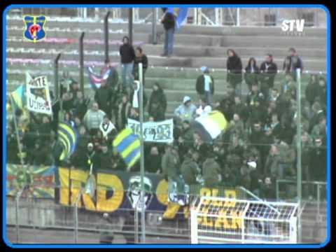 FOOTBALL CFA GROUPE C MATCH FC MARTIGUES  STV TOULON   SUPPORTERS TOULONNAIS LIVE BONUS 2010