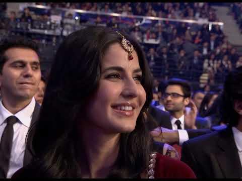 SRK & Priyanka Chopra | Comedy Opening | Zee Cine Awards 2012