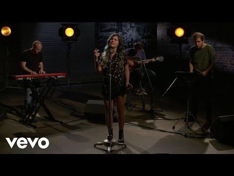 Phoebe Ryan - Mine - Vevo dscvr (Live)