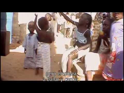 942 DAKAR, Historia de una familia. Documental. Senegal.