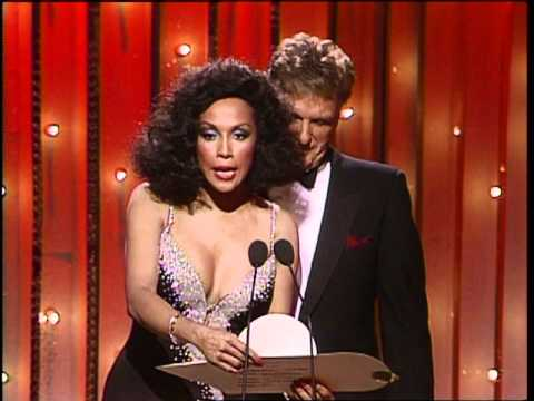 Klaus Maria Brandauer Wins Best Supporting Actor Motion Picture - Golden Globes 1986