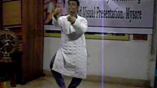 Bhushan performs Mysore Anthem, kayou Sri Gowri