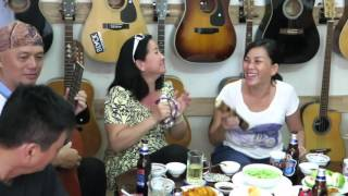 Kùng hót Xuân Yêu Thương tại cafe Nhạc cụ VŨ UYÊN