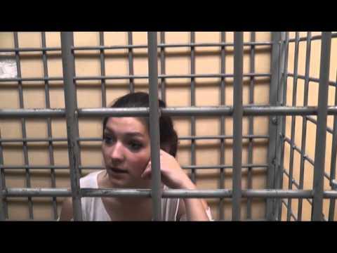 За жестокое избиение школьницы в Солнечногорске арестовали